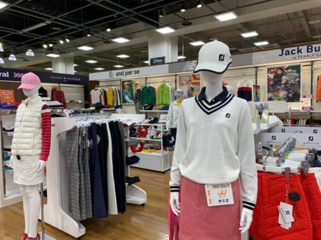 PGA TOUR SUPERSTORE 伊勢崎店の画像・写真